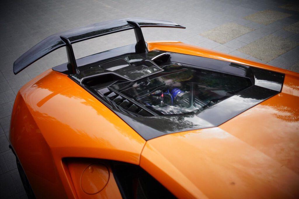 P1Composites-Lamborghini+Huracan-carbon+fiber-car-spoiler-1